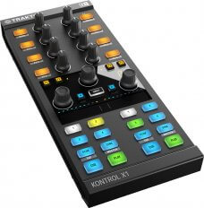 Native Instruments KONTROL X1 MK2 (Demo Model)