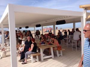 Q-beach house 2015 2