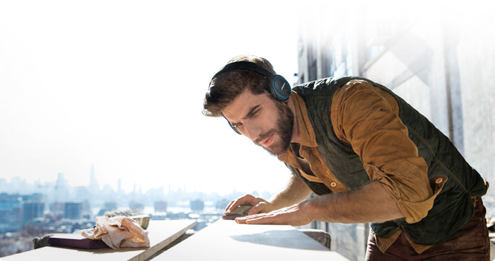 soundlink_oe_bluetooth_headphones_bottom_image_tcm54-92393