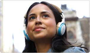 soundlink_oe_bluetooth_headphones_environmental